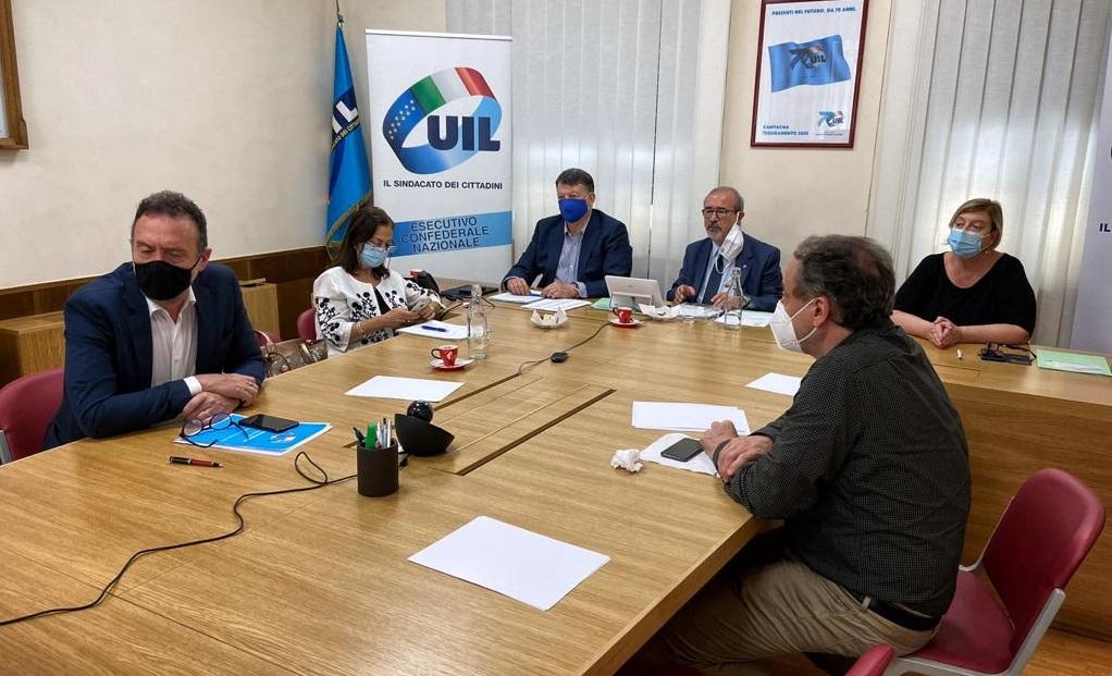 Cambio al vertice: accolta all'unanimità la proposta di Bombardieri a Segretario Generale UIL