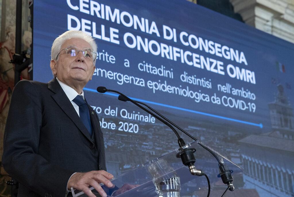 Il Presidente Mattarella ha consegnato le Onorificenze di Cavaliere dell'OMRI a cittadini che si sono distinti nell'emergenza del COVID -19
