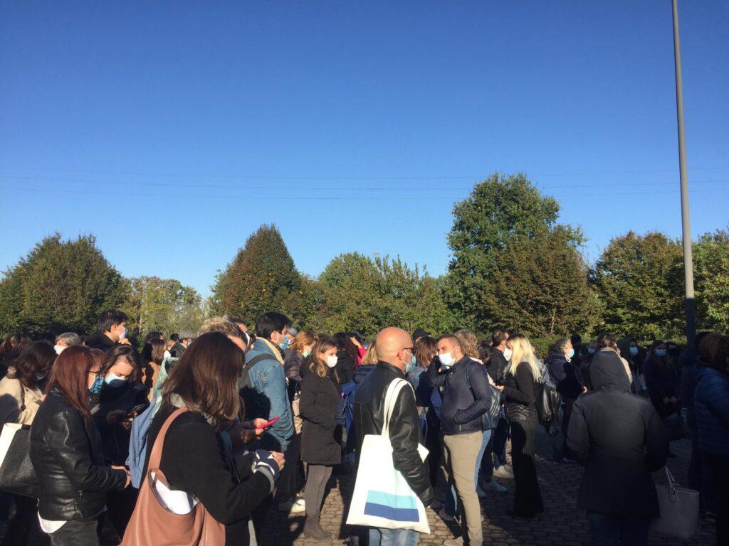 Turi: ministro la scuola non chiude, protesta.