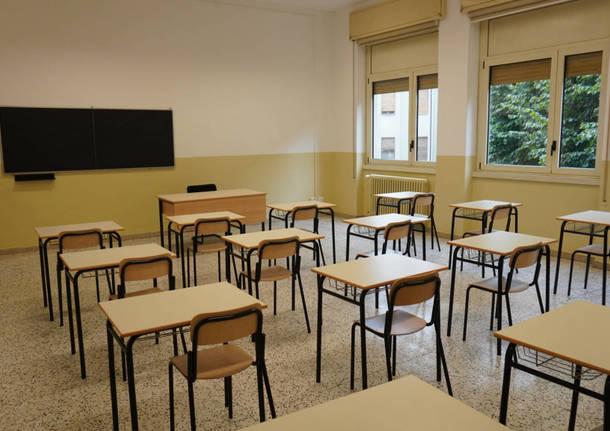 UIL: il blocco per tutti i docenti neo-assunti è inapplicabile perché non previsto dal contratto.