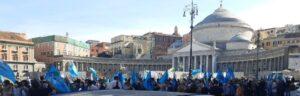 Immagine della galleria: A piazza del Plebiscito il presidio Uil Scuola della Campania